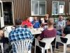 Koffie drinken met tuinvrienden